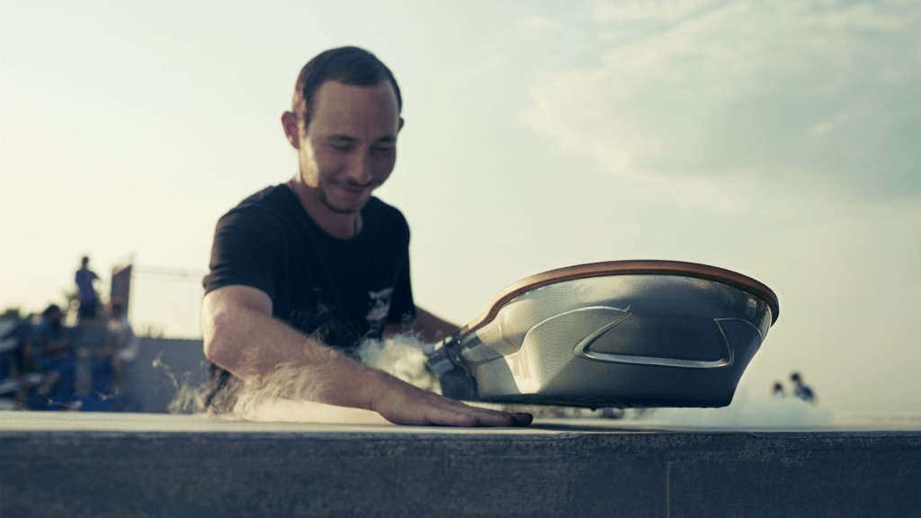 lexus-hoverboard-Detail-HQ-levatation
